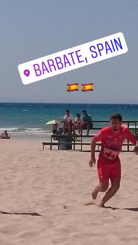 """5d17199057 Ex-jogador de futebol de Itapoá atua no """"beach soccer"""" espanhol ..."""